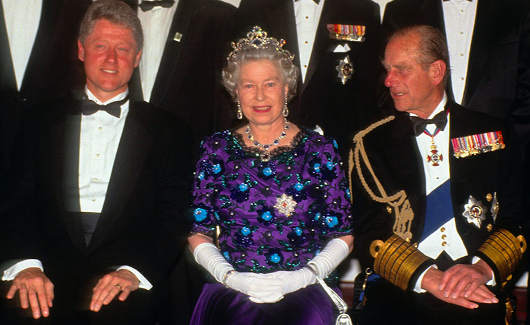 Bill Clinton, Queen Elizabeth II and Prince Philip in 1994. Credit to Anwar Hussein/Getty Images